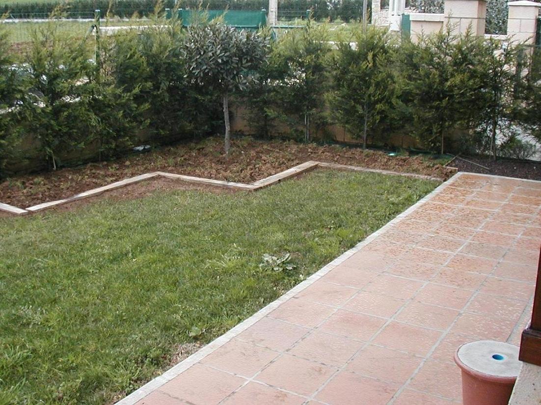 As ha ido creciendo nuestro jard n for Jardines pequenos redondos
