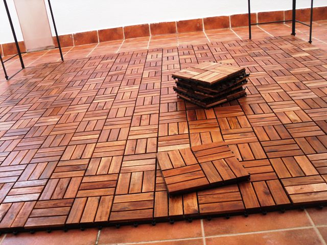 Poner suelo madera elegant comedor rstico provenzal en - Ikea mesas exterior ...